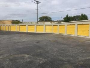 Life Storage - Chicago - 5860 North Pulaski Road