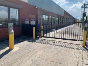 Image of Life Storage - Chicago - 5860 North Pulaski Road Facility on 5860 North Pulaski Road  in Chicago, IL - View 4