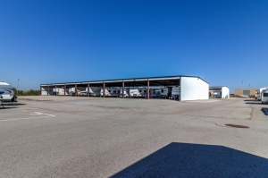 Devon Self Storage - Yukon - Photo 5