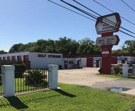 Image of Devon Self Storage - Seabrook Facility on 3018 Bayport Boulevard  in Seabrook, TX - View 2