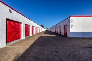 Image of Devon Self Storage - Seabrook Facility on 3018 Bayport Boulevard  in Seabrook, TX - View 3