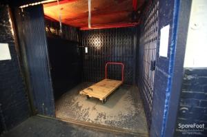 Picture of StorageBlue - Newark