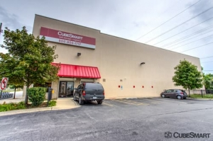 CubeSmart Self Storage - Chicago - 8312 S South Chicago Ave - Photo 1