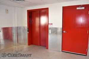 Image of CubeSmart Self Storage - Dallas - 2711 Cedar Springs Road Facility on 2711 Cedar Springs Road  in Dallas, TX - View 3