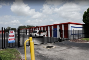Image of Storage Rentals of America - Riverview Facility on 13414 Lincoln Road  in Riverview, FL - View 2