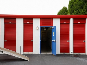 Image of Storage Rentals of America - Riverview Facility on 13414 Lincoln Road  in Riverview, FL - View 4
