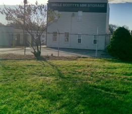 Image of Uncle Scotty's Mini Storage Facility at 1036 Pershall Road  St. Louis, MO