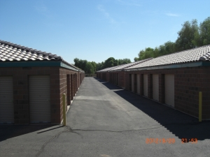 Image of StorQuest - Tempe/Warner Facility on 1835 E Warner Rd  in Tempe, AZ - View 4