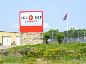 Red Dot Storage - South Sylvania Avenue