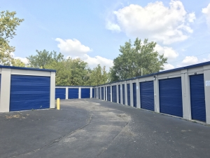 Casino Self Storage - Broad St. - Photo 4