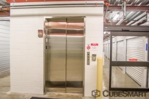 CubeSmart Self Storage - Oak Forest - Photo 7