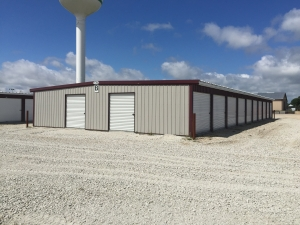 Leading Edge Storage - Photo 2