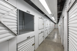 Publix Self Storage - Eagle River - Photo 4