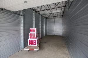 Publix Self Storage - Eagle River - Photo 6