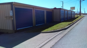 Image of Todd Self Storage Facility on 731 West Debbie Lane  in Mansfield, TX - View 3