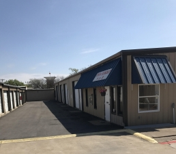 Image of Todd Self Storage Facility at 731 West Debbie Lane  Mansfield, TX