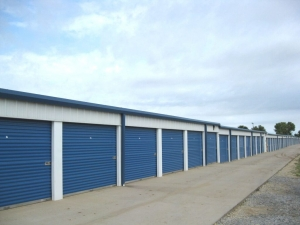 MaxSecure Storage - W Shade Ln - Photo 3