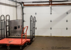 Image of CubeSmart Self Storage - Ridgefield Facility on 552 Grand Avenue  in Ridgefield, NJ - View 4
