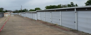 Image of All American City Self Storage Facility on 1209 East Belt Line Road  in DeSoto, TX - View 3