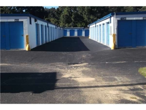 Image of Extra Space Storage - Mt Pleasant - Bowman Rd Facility on 1117 Bowman Road  in Mount Pleasant, SC - View 2