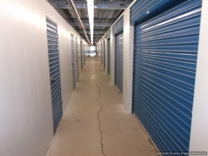 Image of RightSpace Storage - Londonderry Facility on 9 Londonderry Road  in Londonderry, NH - View 2