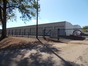Healey Storage - Photo 3