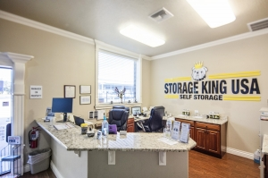 Storage King USA - Winter Haven - Dundee Rd - Photo 14