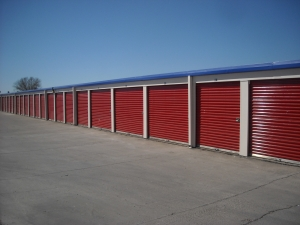 Picture of Iron Guard Storage - Tomball