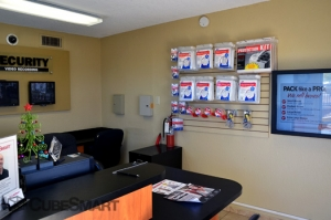 CubeSmart Self Storage - El Paso - 9447 Diana Dr - Photo 8