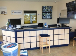 Life Storage - Palm Bay - Photo 6