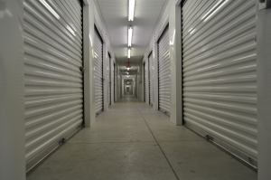 Image of Storage Direct - Willowbrook Facility on 9250 Mills Road  in Houston, TX - View 4