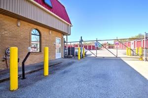 Prime Storage - Lexington - Photo 2