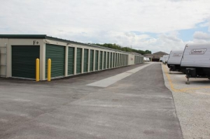 Amazon Self Storage - Brownsburg - Photo 5