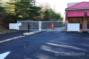 CubeSmart Self Storage - Roseland - Photo 4