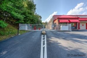 Image of CubeSmart Self Storage - Roseland Facility on 465 Eagle Rock Avenue  in Roseland, NJ - View 3