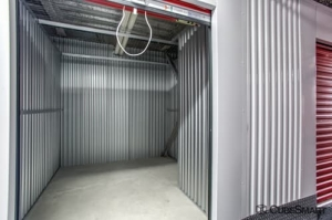Picture of CubeSmart Self Storage - Brooklyn - 2964 Shell Rd