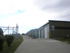 Storage Rentals of America - Winchester - 261 Winn Avenue - Photo 4