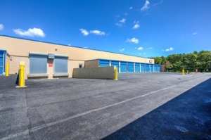 Image of CubeSmart Self Storage - Holbrook - 640 Broadway Avenue Facility on 640 Broadway Avenue  in Holbrook, NY - View 3
