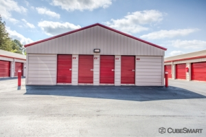 Image of CubeSmart Self Storage - Cornelius Facility on 10921 Bailey Road  in Cornelius, NC - View 3