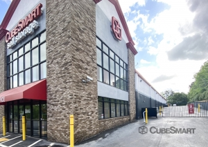 Image of CubeSmart Self Storage - Lithia Springs - 1636 Lee Road Facility on 1636 Lee Road  in Lithia Springs, GA - View 3