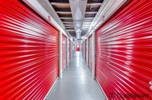 CubeSmart Self Storage - Austin - 10707 N Interstate 35 - Photo 4