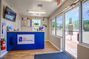 Simply Self Storage - 2900 NW Grand Boulevard - Nichols Hills - Photo 7
