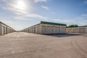 Simply Self Storage - Oklahoma City, OK - S Shields Blvd - Photo 2