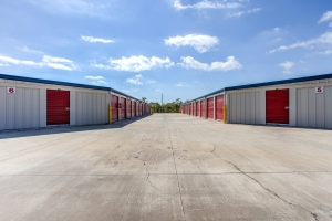 Image of Simply Self Storage - 15814 Mueschke Road - Cypress Facility on 15814 Mueschke Road  in Cypress, TX - View 3