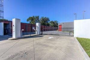 Simply Self Storage - 1835 E Olive Road - Pensacola - Photo 10