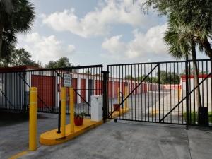 Storage Rentals of America - Palm Beach Gardens - Photo 8
