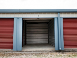 Storage Rentals of America - Bowling Green - Photo 8