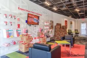 Image of CubeSmart Self Storage - Brooklyn - 1151 E New York Ave Facility on 1151 E New York Ave  in Brooklyn, NY - View 4