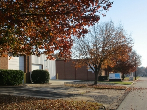 Image of Outbox Self Storage - Cotswold Facility on 4815 Silabert Avenue  in Charlotte, NC - View 3