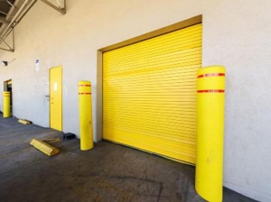 Life Storage - Los Angeles - East Slauson Avenue - Photo 2